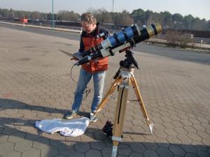 Teleskope für H-Alpha und Kalzium.